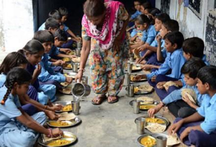 midday-meal-scheme_afp3